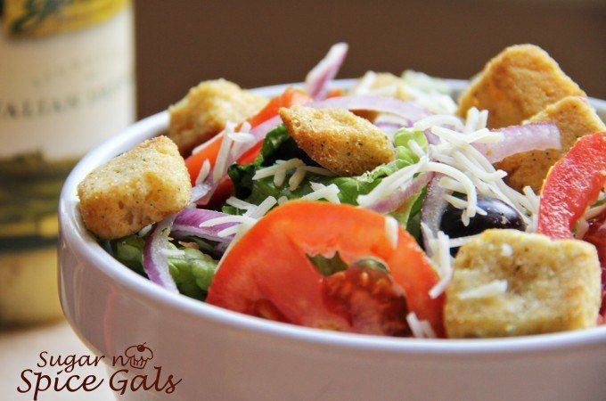 Olive Garden Salad (Copy Cat)