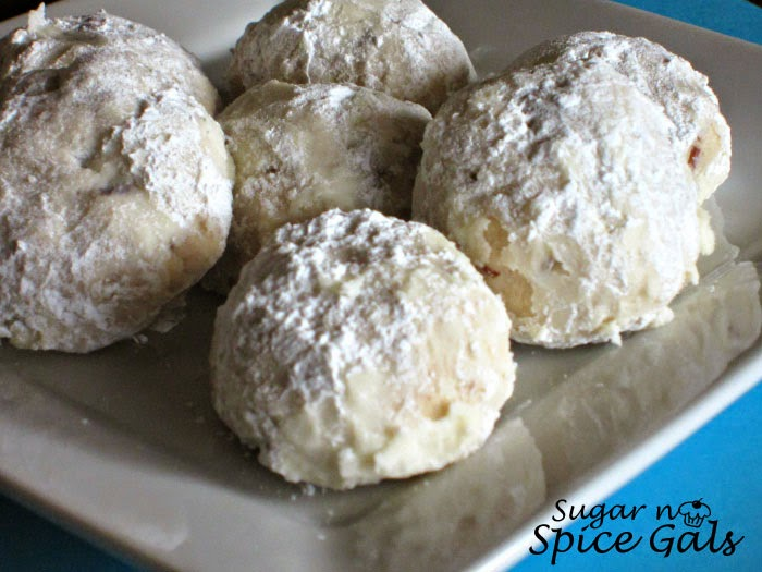 Buttery Pecan Cookie Balls - Sugar n' Spice Gals