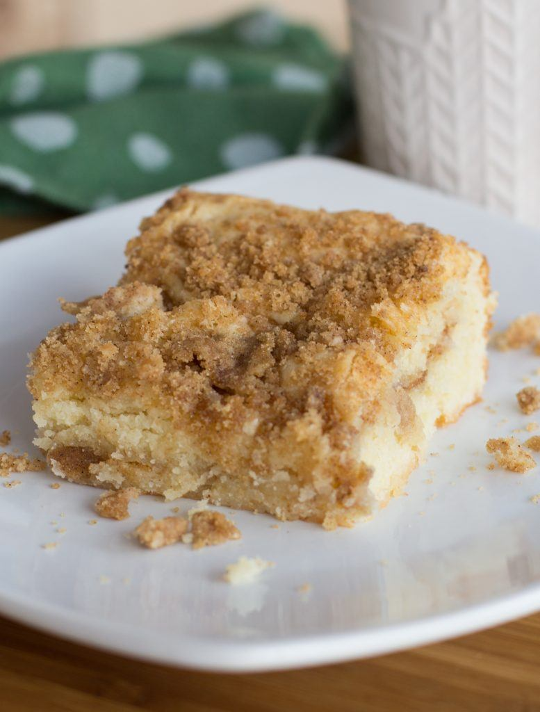 sour cream coffee cake dessert